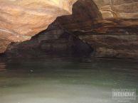 """Във водните части на пещерата. Автор: Константин Стоичков ПК """"Хеликтит"""" София."""