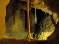 """Красиви пещерни образувания от пещерата """"Крачимирско врело"""". Снимка: Иван Петров ПК """"Хеликтит"""" София."""
