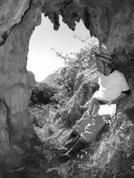"Кирил Данаилов, подготовка за картиране на пещера в Китай. Автор: Алексей Жалов ПК ""Хеликтит"" София, БПД."