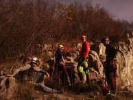 "На скалите на ""Алпийска поляна""- Лакатник. Автор: Константин Стоичков ПК ""Хеликтит"" София."