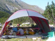 """Складовата палатка по време на експедиция """"Бански суходол"""" Северен Пирин"""